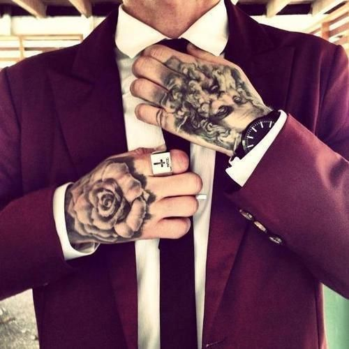 65 Best Tattoo Designs For Men In 2017: Tatouage Homme Main